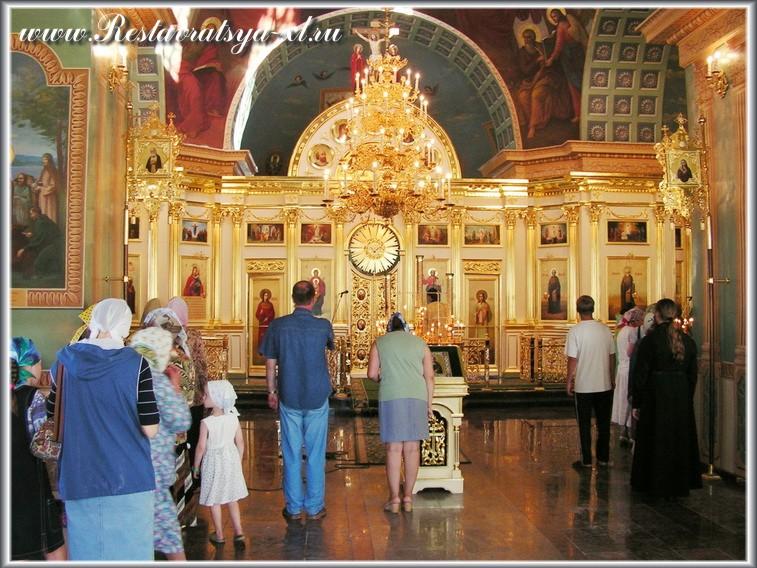 Иконостас, храм преподобного Макария, Макариевского желтоводского монастыря