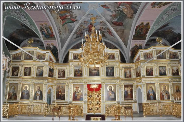 Иконостас, Сретенская церковь, Николо-Пешношский монастырь